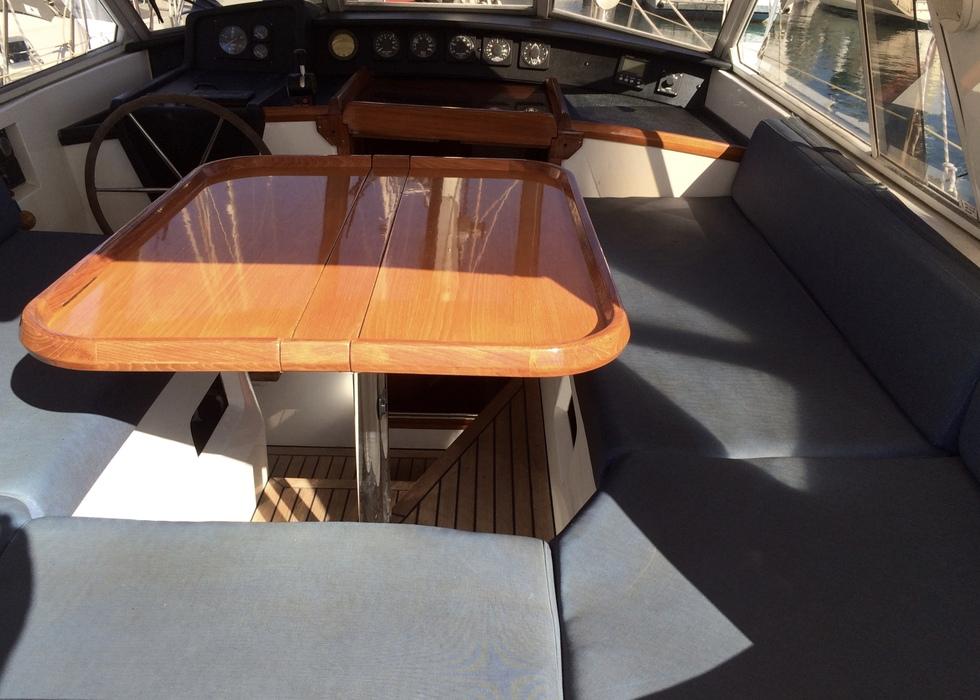 Trintella 40 a te koop 149500 jachtmakelaar yachting for Exterieur interieur